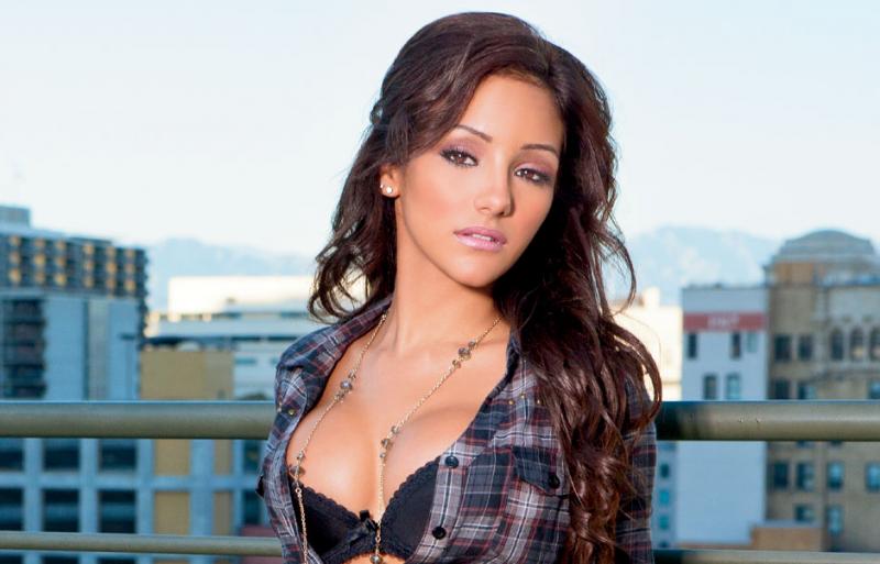 Melanie-Iglesias-800x513.png